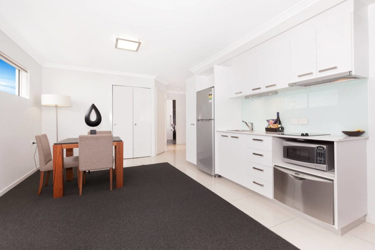 Hotel Chino Woolloongabba Brisbane Disabled Full Kitchen & Room To Move