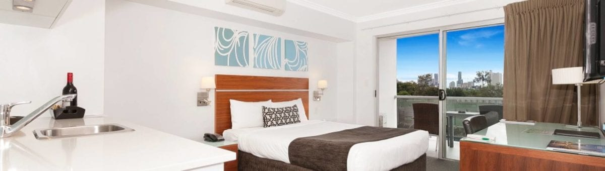 Hotel Chino Woolloongabba Brisbane Queen Studio W Kitchenette, Desk & Balcony